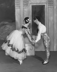 "Markova ""leaning in"" to dancer Stanislas Idzikovski dancing Carnaval, 1933"