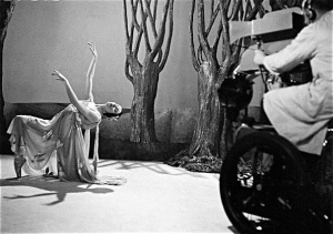 In the early years of TV, Markova was asked to instruct camera men on the best angles to capture ballet.