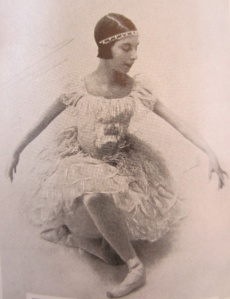 At Diaghilev's behest, the 14-year-old Markova learned to dance silently.