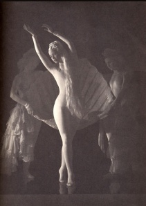As Dali's Venus in Bacchanale, ballerina Nini Theilade appeared to be nude