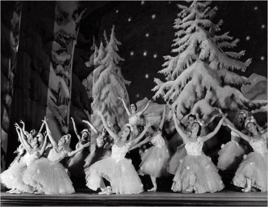 Markova starring in the Ballet Russe de Monte Carlo's Nutcracker Suite