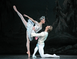 Ben Steveson's Nutcracker for the Houston Ballet, photo by Amitava-Sarkar