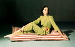 Markova was a favorite of fashion photographers like John Rawlings of Vogue