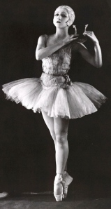 Danilova at the Ballets Russes (Apollo, 1928)