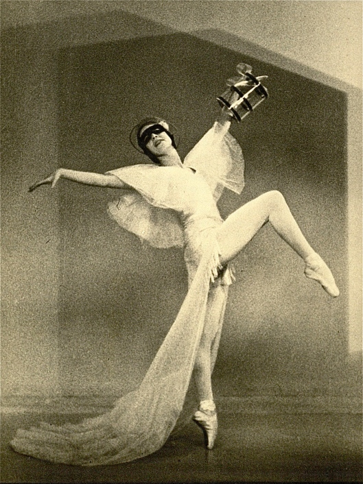 Close proximity to audiences in a tiny theater necessitated Markova's mastering a silent, effortless dance technique. (At the Ballet Club, 1933)