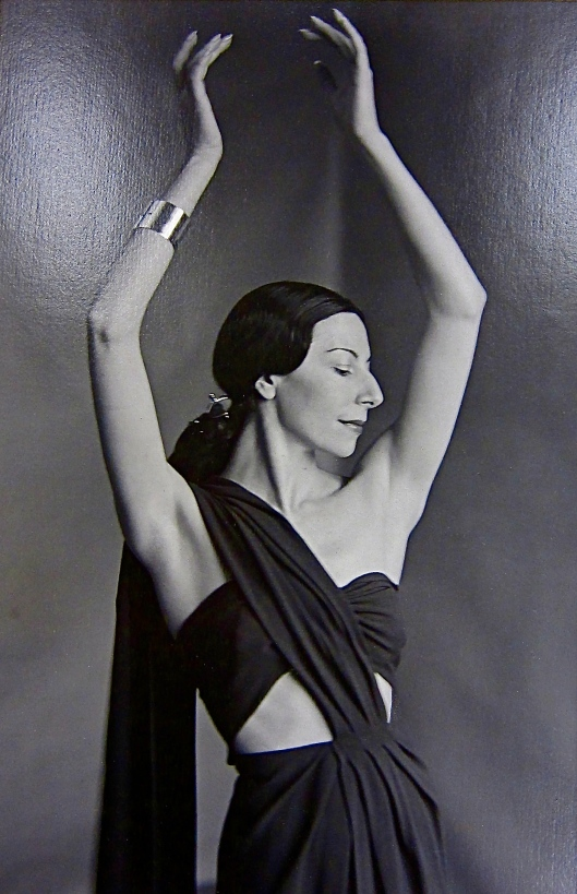Markova's prominent profile was later celebrated by fashion magazines, such as thisVogue photo by John Rawlings.