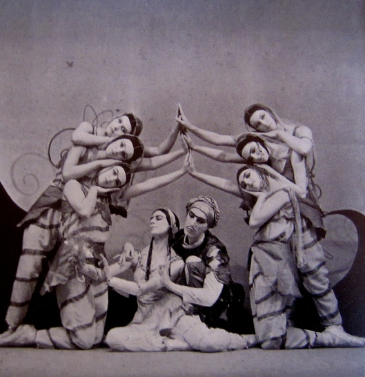 Markova and Ashton's commercial work helped popularize classical ballet to a wider audience. (Markova in Ashton's La Peri at the Ballet Club, 1931